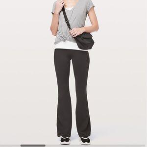 Lululemon 'Groove' Yoga Pant, Black, Size 4
